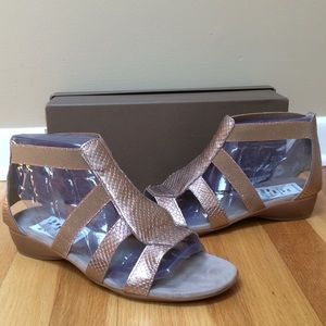 MUNRO Zena Snake Embossed Metallic Leather Sandals